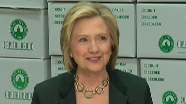 Clinton dodging reporter questions as she campaigns in Iowa