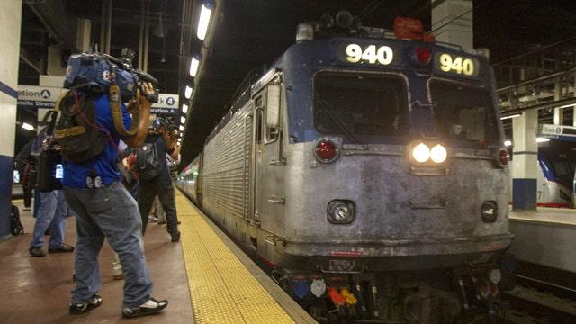 Amtrak resumes service between Philadelphia and New York