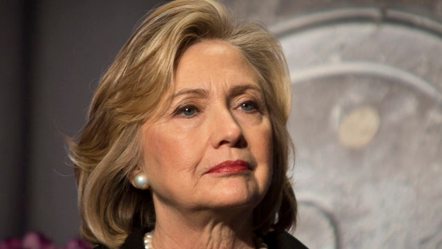 Hillary Clinton's economic plan backfires