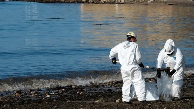 Burst pipeline off Calif. coast spills 20,000 gallons of oil