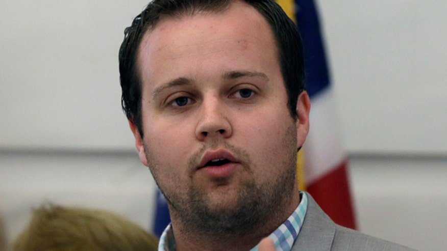 '19 Kids and Counting' star Josh Duggar speaks out on molestation allegations but does TLC and Discovery have a molestation problem?