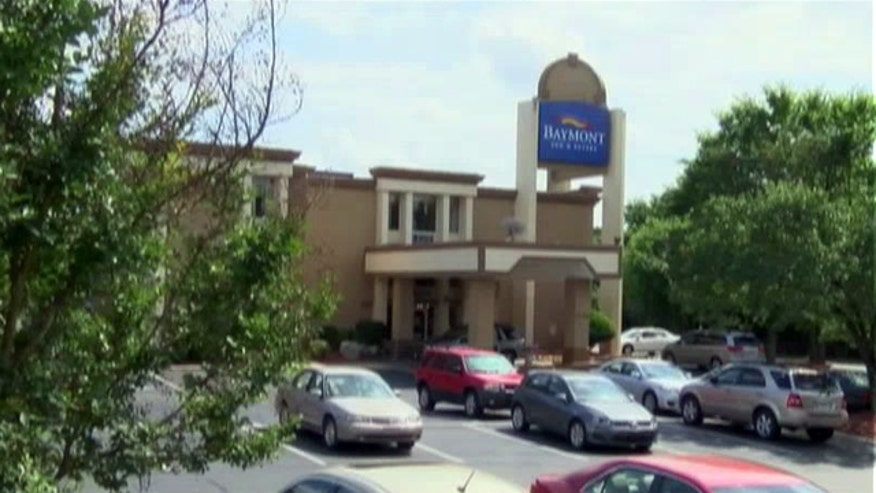 Manager of the hotel blames situation on new employee