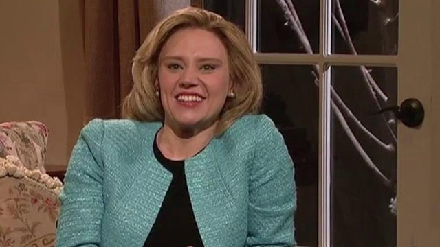 'SNL' star loves Hillary