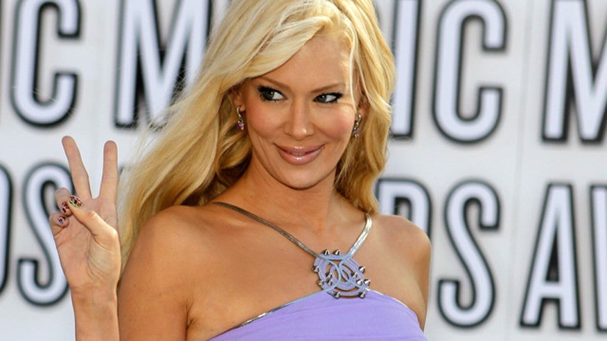 jameson mature personals Jenna jameson news, gossip, photos of jenna jameson, biography, jenna jameson boyfriend list 2016 relationship history jenna jameson.
