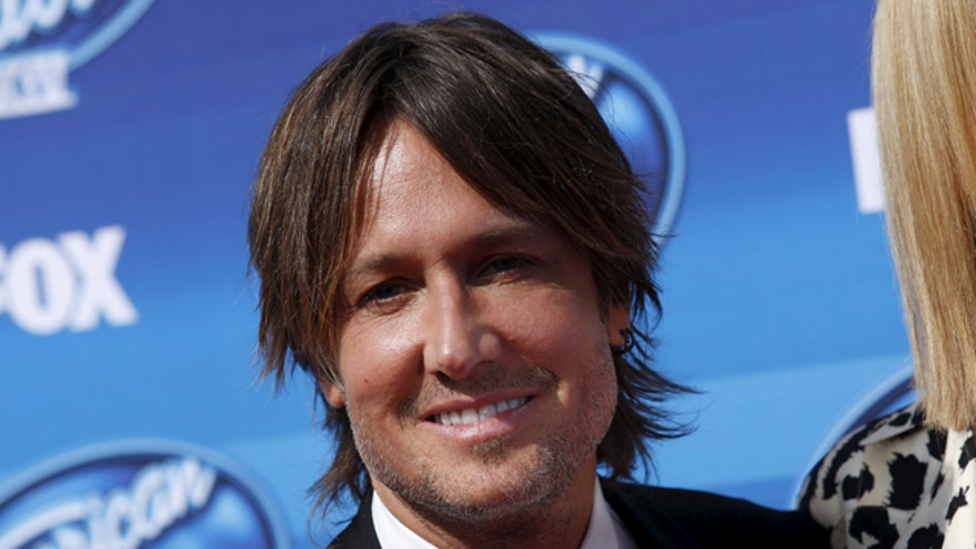 'Baby Come Back' guy suing Keith Urban