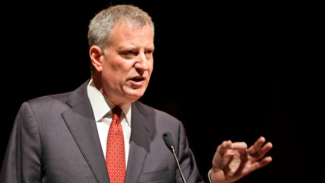 De Blasio, NYPD ask NYC TV stations to keep copters clear of demonstrations to avoid 'heightening tensions'