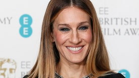 "Sarah Jessica Parker apologizes for ""Sex and the City 3"" rumors"