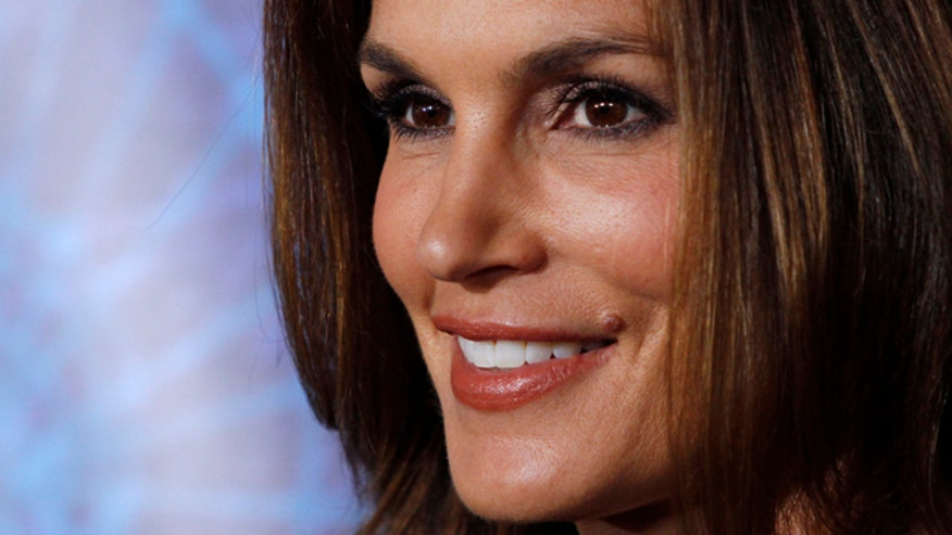 Cindy Crawford recalls brother's death when he was 3