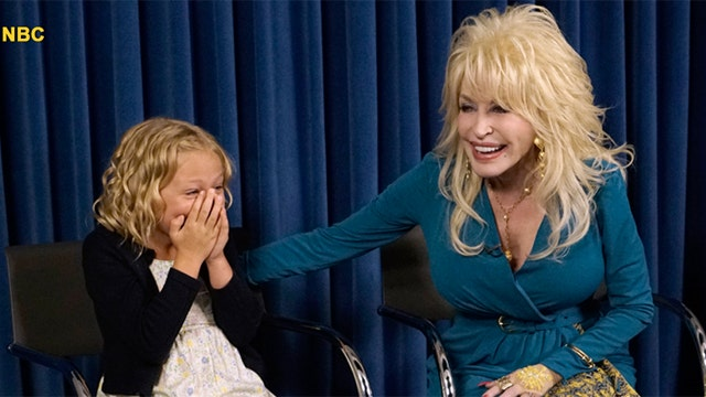 Dolly Parton Recalls Brother 39 S Death 39 There Is A Lot Of