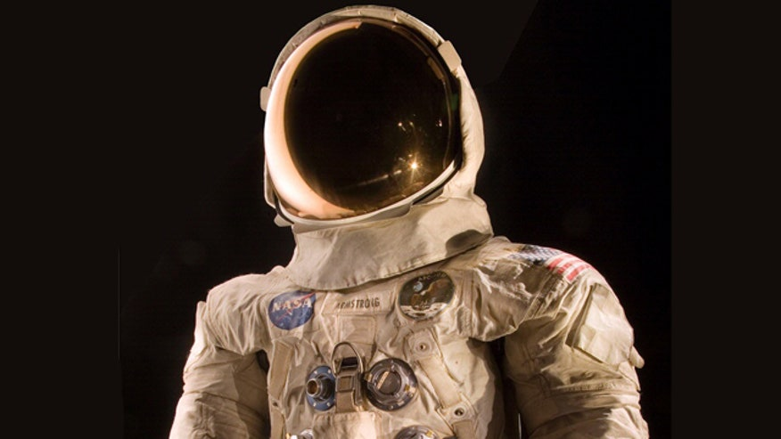Crowdfunding campaign to fund display of historic spacesuit form moonwalk
