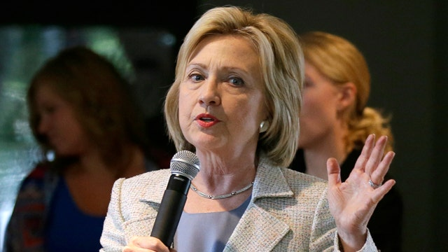 Is Clinton's campaign in trouble over email controversy?