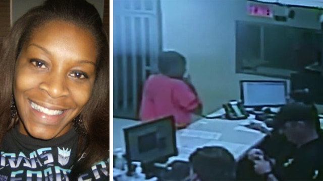 Officials: Video proves Sandra Bland was alive when booked