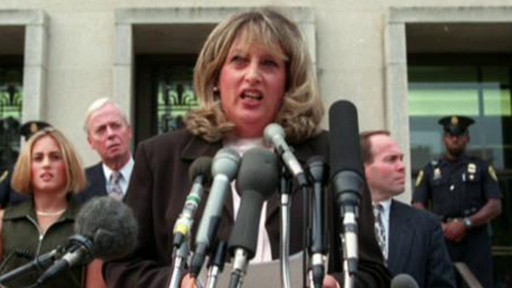 Linda Tripp not buying Dems' newfound scorn for Clinton