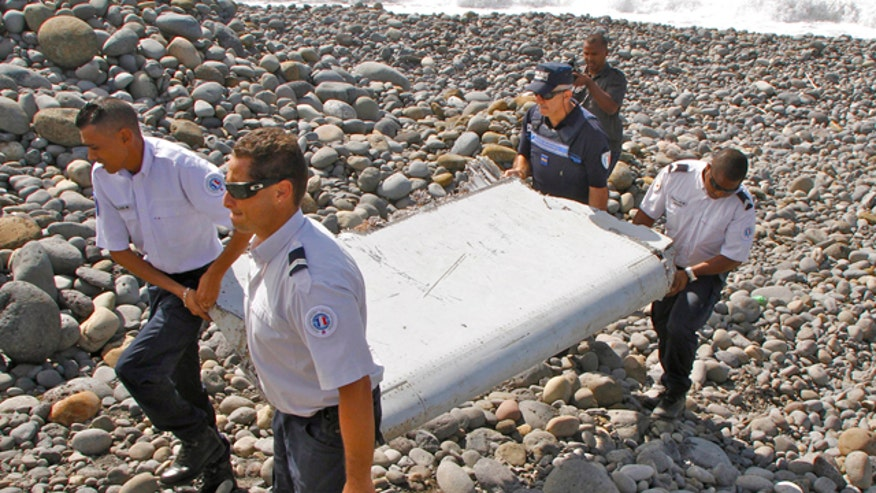 French authorities analyzing Boeing 777 wing segment believed to be from missing plane