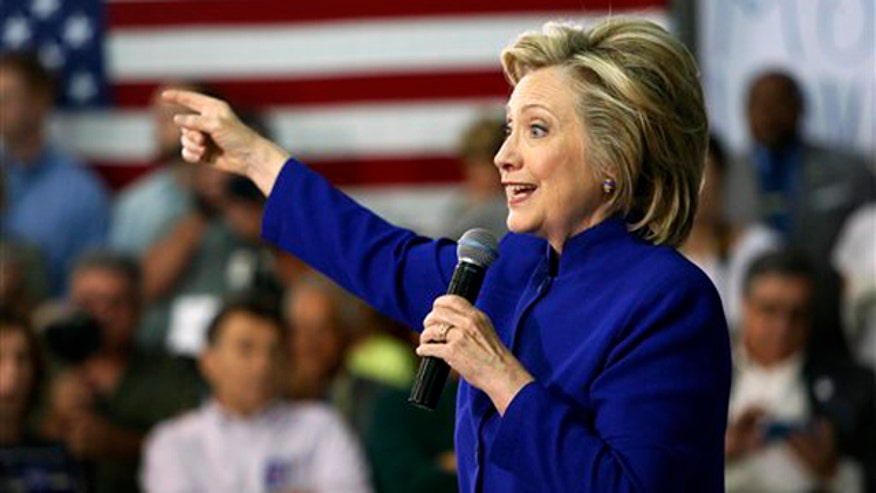 Report: Hillary turning over server to Justice Dept. on 'The Kelly File'
