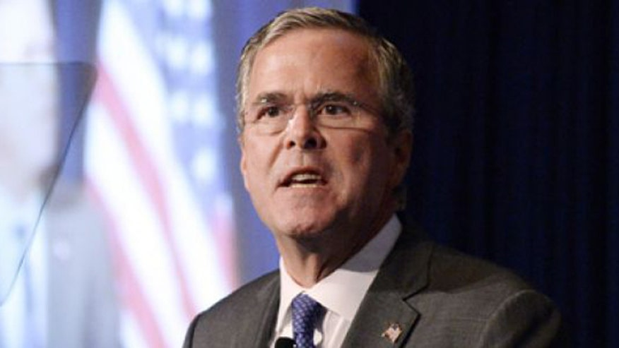 Jeb Bush launches blistering attack on Clinton, Obama over spread of ISIS