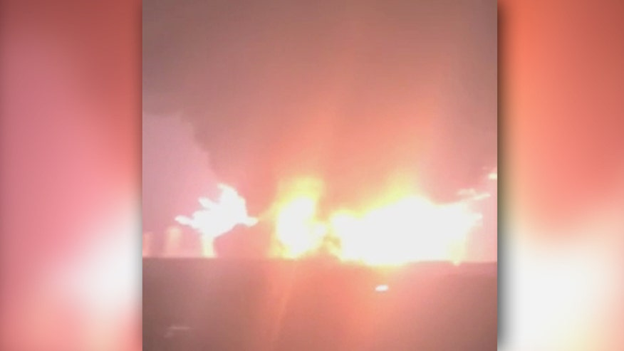 Raw video captures blasts, shockwaves in the Binhai New Area in China's Tianjin municipality