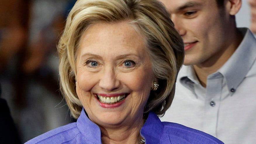 Feds investigating security of Clinton's email set up