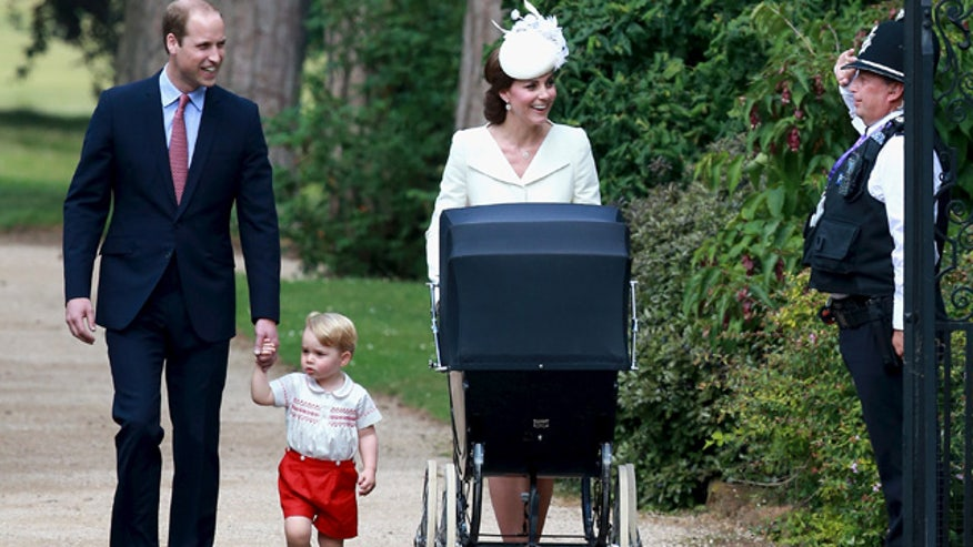 Palace: Don't buy paparazzi pics of the royal kids