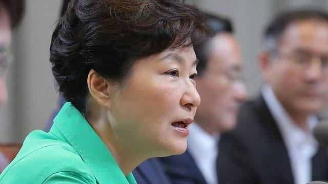 Tense talks between the Koreas continue