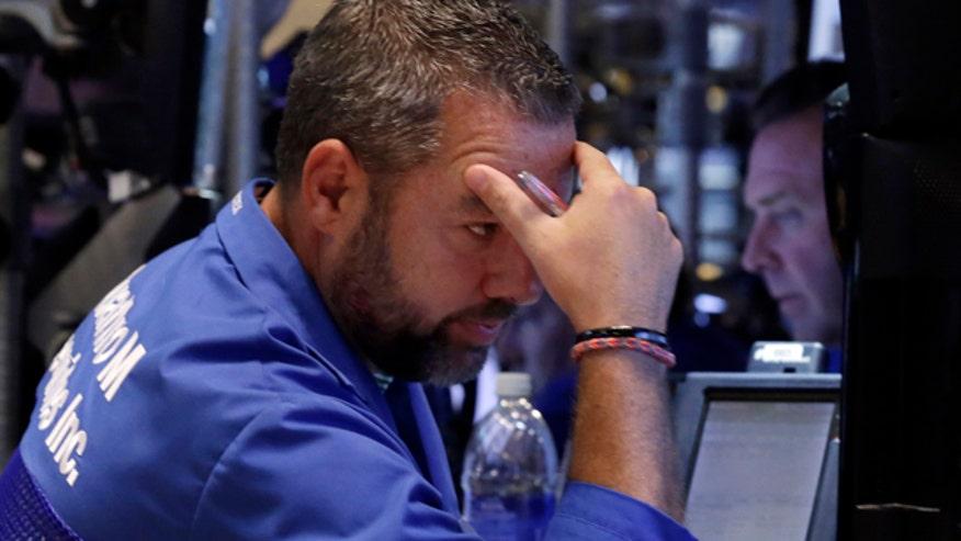 Fox Business Network's Gerri Willis reacts to drop in market