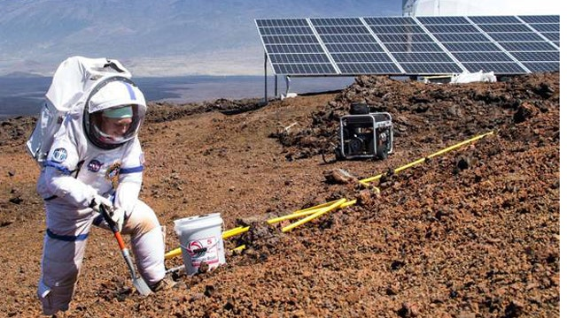Year-long crew isolation begins in training for Mars mission