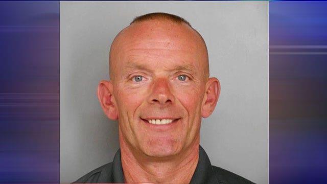 Massive manhunt underway for cop killers in Illinois