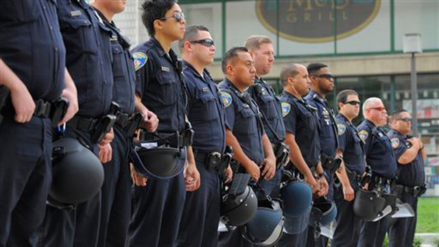 Why police departments are struggling with recruiting