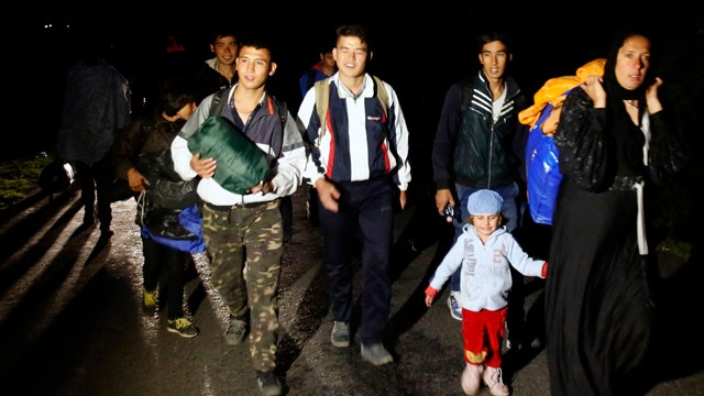 White House considering ways to help migrant crisis