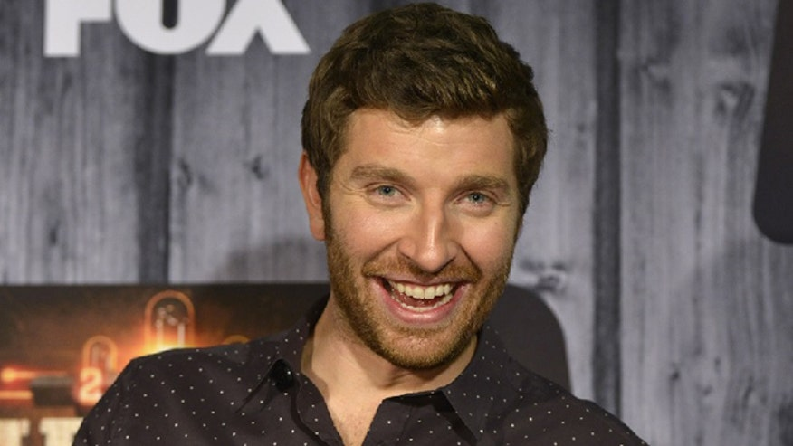 Brett Eldredge stops by Fox 411 Country and talks about his sophomore album, tells a story about why he writes songs and he performs our featured song from his new album.