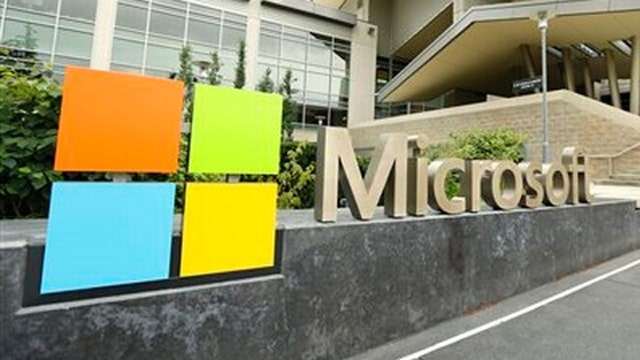 Federal appeals court hears Microsoft email case