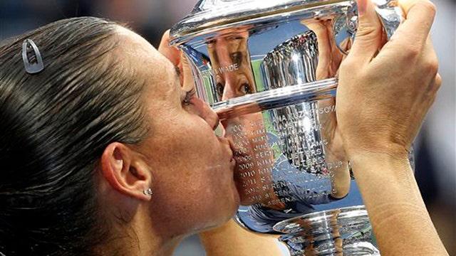 Flavia Pennetta announces retirement from tennis