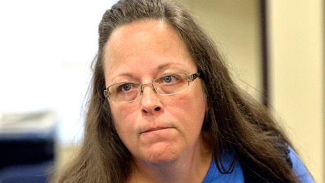 Kentucky clerk Kim Davis set to return to work