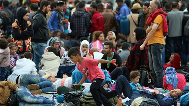 Allowing Syrian refugees into US 'reckless, dangerous'?