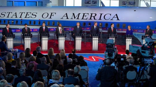 Evaluating the debate moderators
