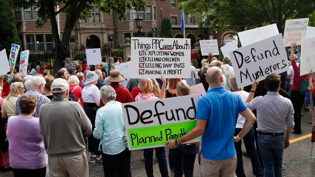 Some GOP vow to block budget over Planned Parenthood funding