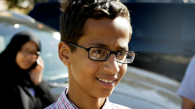 School treats Muslim teen's homemade clock as potential bomb