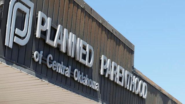 Gov't shutdown looms amid calls to defund Planned Parenthood