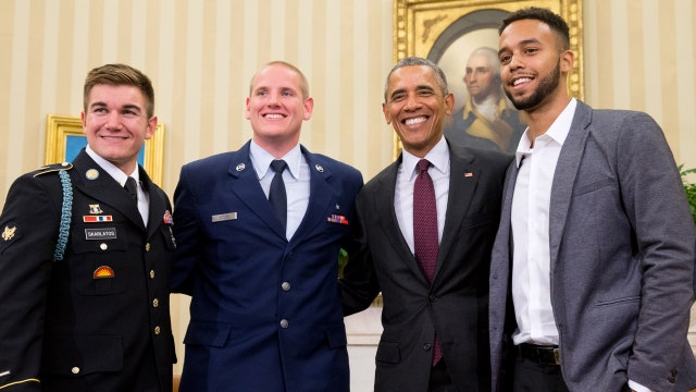 President meets men who stopped train attack