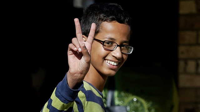 Obama invites clock kid, but ignored cops' kin?