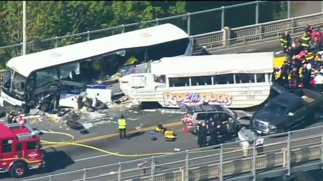 Deadly crash after duck boat slams into tour bus in Seattle
