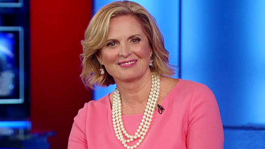Former First Lady of Massachusetts talks overcoming hardships, 'entertaining' 2016 race on 'Hannity'