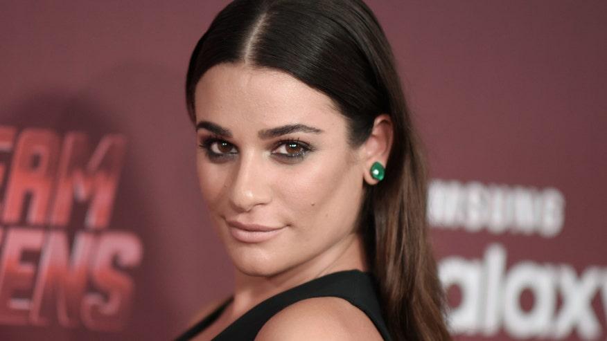 'Glee' star plays nerdy sorority pledge