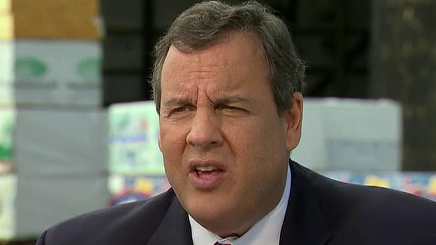 GOP 2016 candidate Chris Christie goes 'On the Record' from campaign trail in NH on his disappointment with Congress, Obama's handling of Putin and Syria and OR shooting, why a governor is best qualified for the White House and the Clinton email scandal