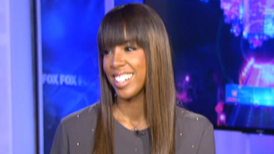 In The Zone: Diana Falzone sits down with Grammy Award winning artist, Kelly Rowland, discussing life after Destiny's Child and how Rowland's partnering with M&Ms to bring Halloween fun to kids in Newark, New Jersey.