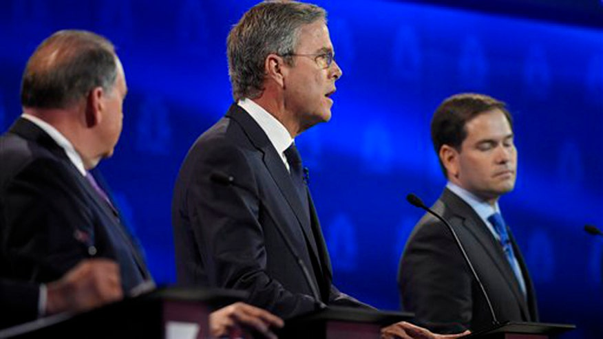 Presidential hopefuls push tax cuts, tax reform at CNBC debate