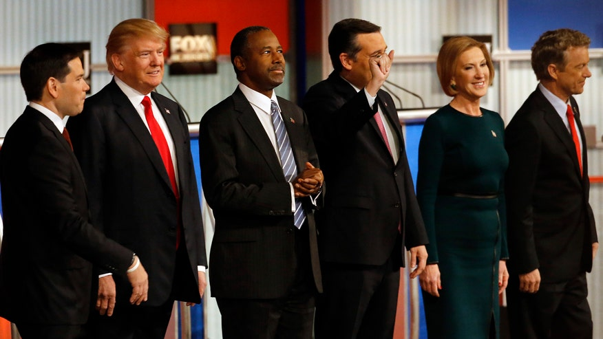 Presidential hopefuls face off over economy, immigration