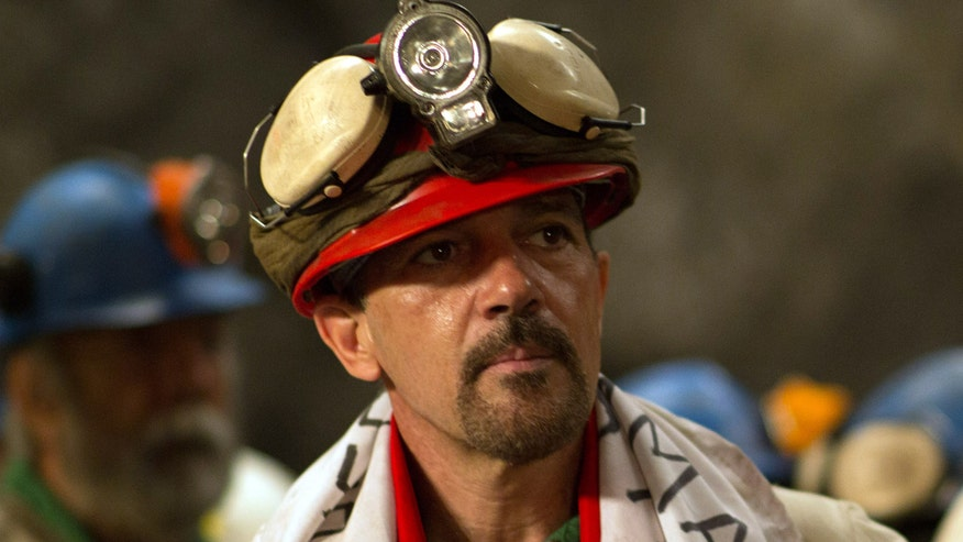 Face2Face: Antonio Banderas on what he learned by working on the harrowing Chilean miner story in 'The 33'