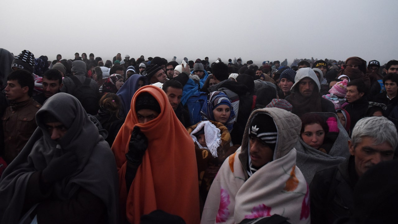 Obama administration tells states they can't refuse Syrian refugees