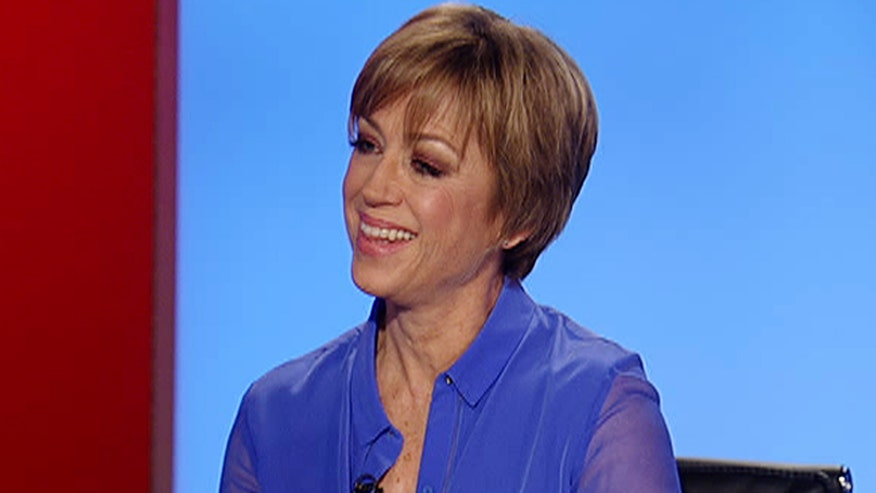 Forty years ago, champion figure skater Dorothy Hamill felt invincible after winning gold at the 1976 winter Olympics. But her biggest challenge was yet to come. She sits down with Dr. Manny to talk about taking control of her life as a survivor and a new campaign that's helping women do the same